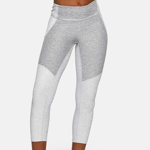 Outdoor Voices Extra Small Warm Up Capri Leggings Athletic Bottoms
